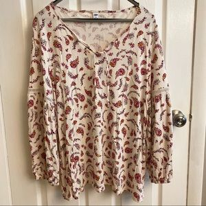 2/$15 or 3/$20- Old Navy floral paisley shirt